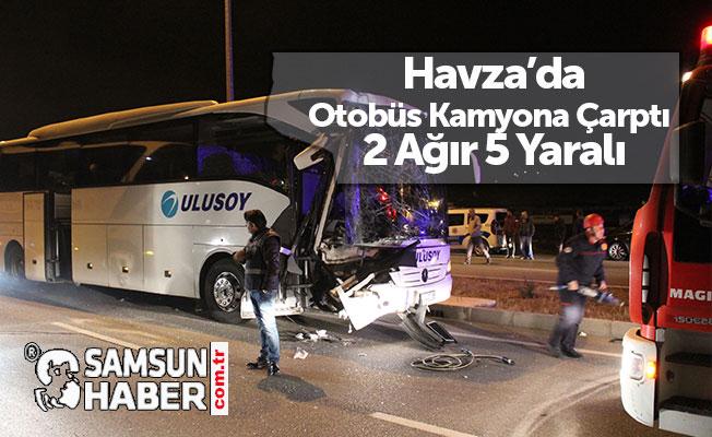 Otobüs Kamyona Çarptı 2 Ağır 5 Yaralı