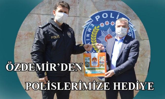 Havza Belediye Başkanı Sebahattin Özdemirden Polislere Hediye