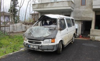 Samsun'da minibüs devrildi: 8 yaralı